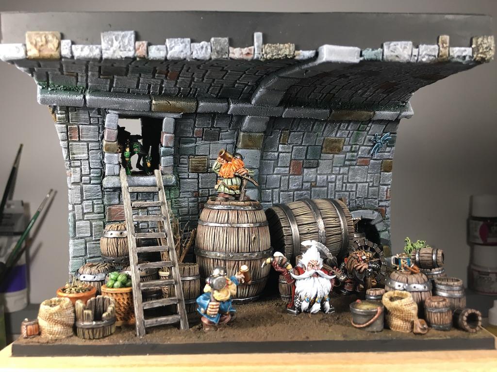 Je présente ici la peinture de la scénette des nains dans la cave. Long projet qui m'a mobilisé 2 semaines de vacances.
